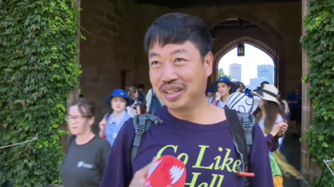 A Chinese tourist accept interview