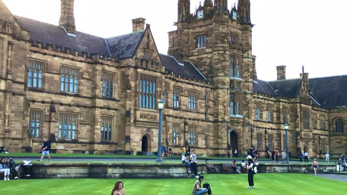 The Quadrangle of Sydney Uni, image credit: Ceci @Ceci80168027